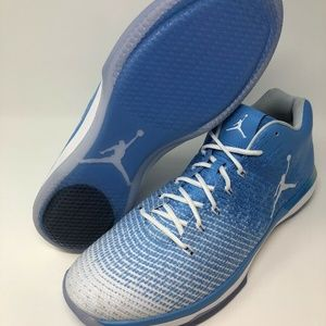 AIR JORDAN XXXI LOW 897564-407 SIZE 17 NCAA UNC NO